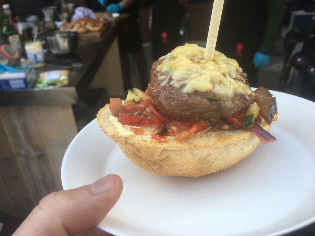Burger bij Weber opening