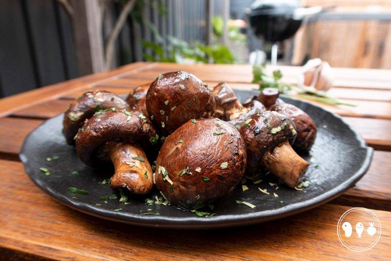 Gegrilde champignons met ketjap knoflook marinade
